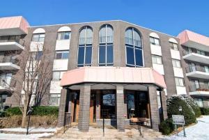 4900 Foster Street #112, Skokie, IL 60077 (MLS #10307552) :: Century 21 Affiliated