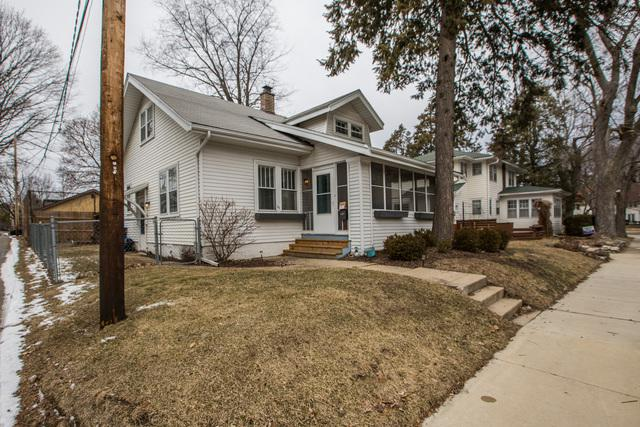 101 Fairview Avenue, Bloomington, IL 61701 (MLS #10307731) :: Janet Jurich Realty Group