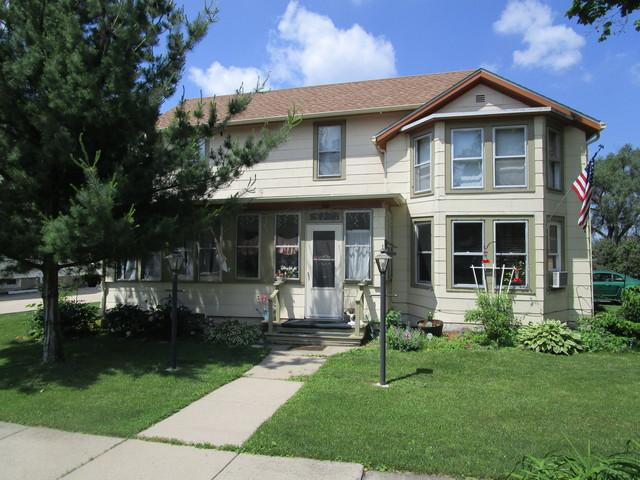 200 S Cherry Street, Somonauk, IL 60552 (MLS #10307864) :: Domain Realty
