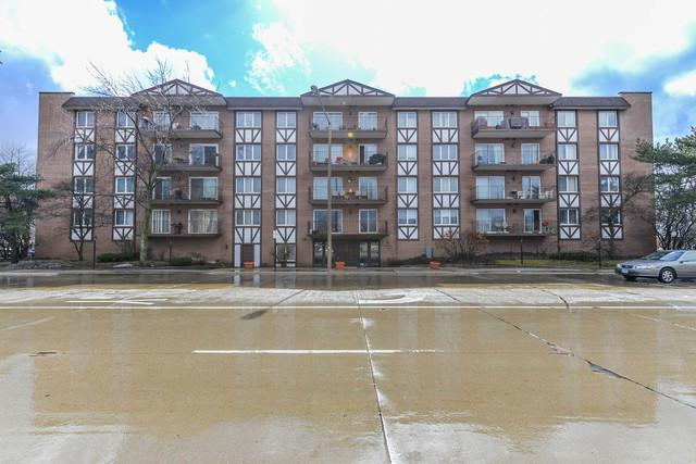 5935 Lincoln Avenue #303, Morton Grove, IL 60053 (MLS #10308555) :: Helen Oliveri Real Estate