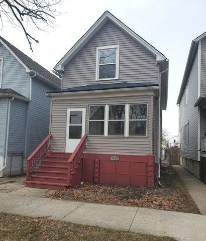 9238 S Manistee Avenue, Chicago, IL 60617 (MLS #10308682) :: The Dena Furlow Team - Keller Williams Realty