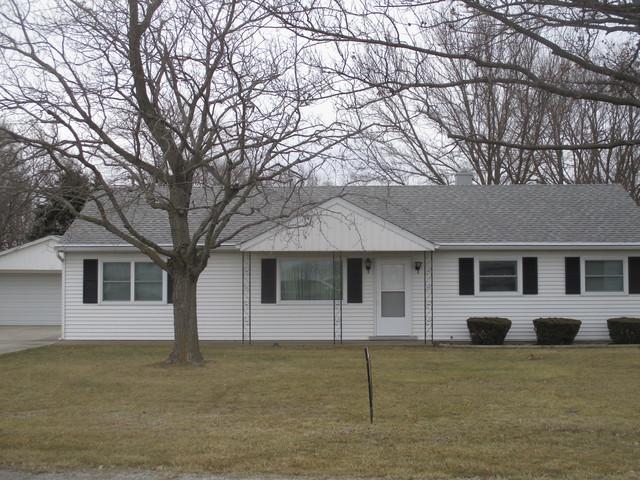 1117 Egyptian Trail, Tuscola, IL 61953 (MLS #10308956) :: Ryan Dallas Real Estate