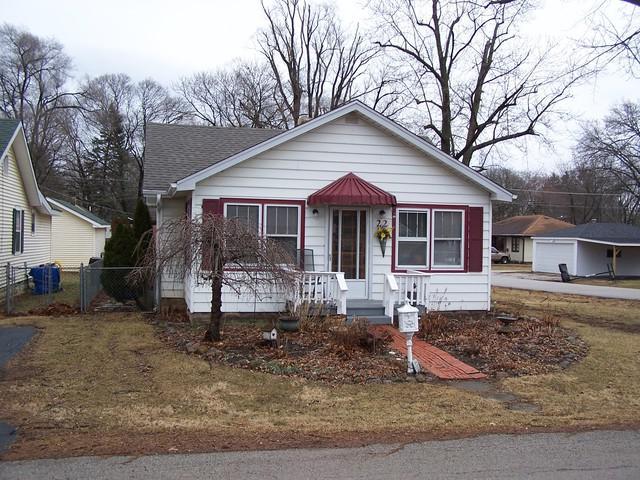 22 Berkley Avenue, Joliet, IL 60433 (MLS #10309119) :: Angela Walker Homes Real Estate Group
