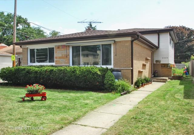 8339 Central Avenue, Morton Grove, IL 60053 (MLS #10309300) :: Helen Oliveri Real Estate
