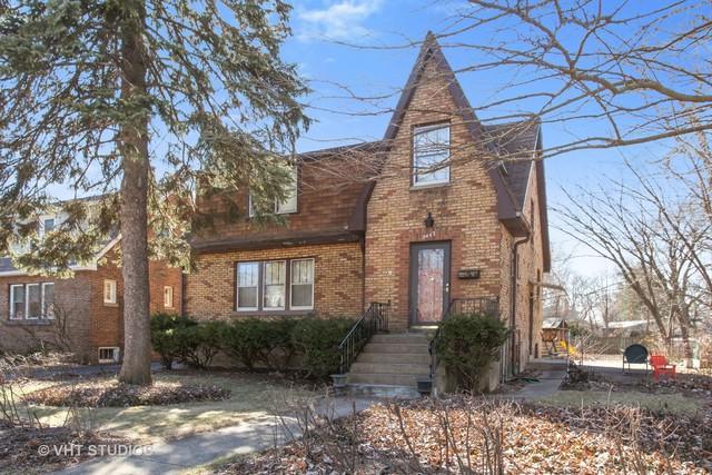 2447 Birchwood Lane, Wilmette, IL 60091 (MLS #10309530) :: Helen Oliveri Real Estate