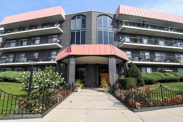 4840 Foster Street #306, Skokie, IL 60077 (MLS #10309678) :: Century 21 Affiliated