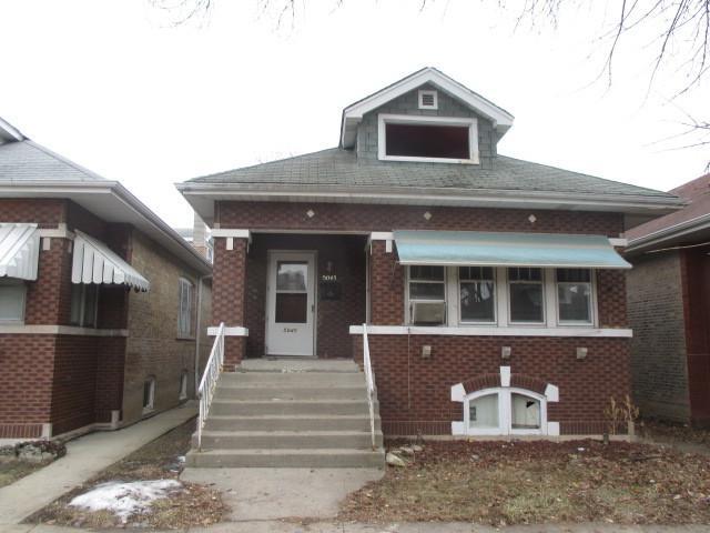 5045 N Tripp Avenue, Chicago, IL 60630 (MLS #10309754) :: HomesForSale123.com