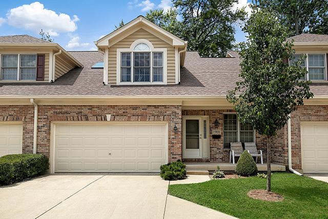 1908 Kingsbrook Court, Wheaton, IL 60187 (MLS #10309796) :: Ryan Dallas Real Estate