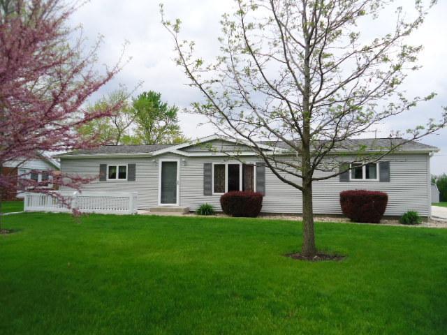 310 E 7th Street, Gridley, IL 61744 (MLS #10309917) :: Ryan Dallas Real Estate