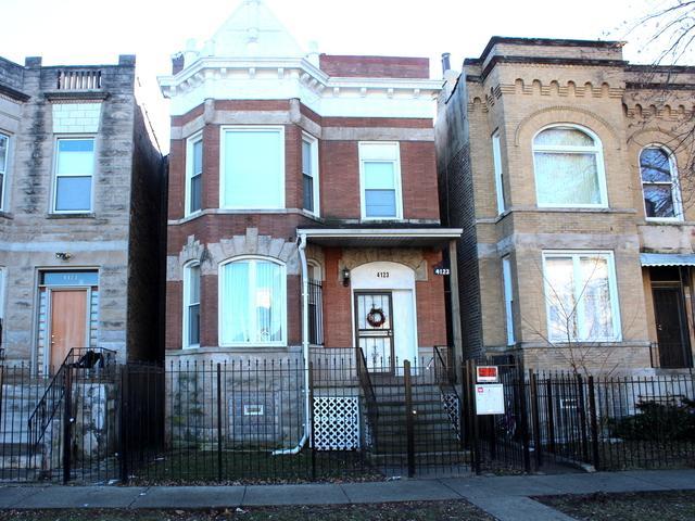4123 W Monroe Street, Chicago, IL 60624 (MLS #10309948) :: Ani Real Estate