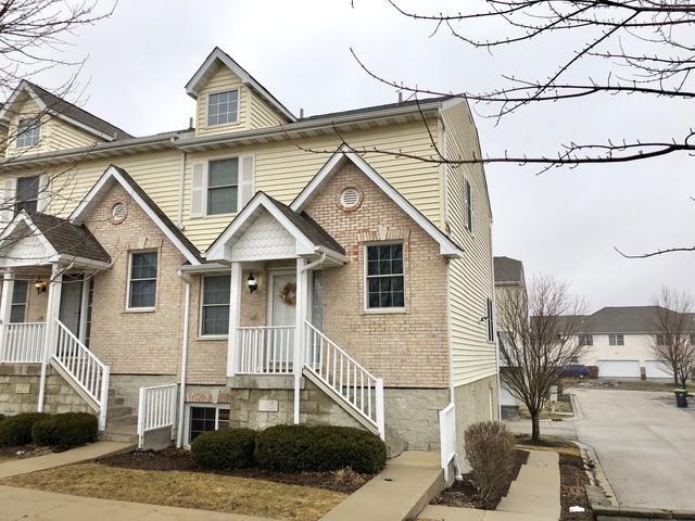 215 W Cortland Center Road, Cortland, IL 60112 (MLS #10310076) :: Helen Oliveri Real Estate
