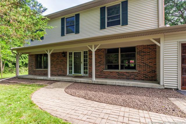 24640 W Middle Fork Road, Barrington, IL 60010 (MLS #10310147) :: HomesForSale123.com