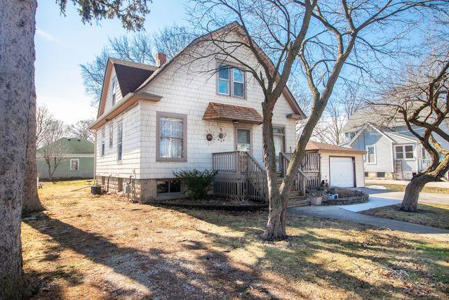 445 E Market Street, Somonauk, IL 60552 (MLS #10310153) :: Leigh Marcus | @properties
