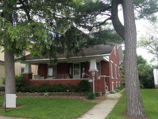 211 S Main Street, Herscher, IL 60941 (MLS #10310290) :: Domain Realty