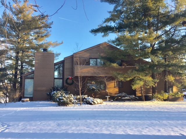 4002 Farhills Drive, Champaign, IL 61822 (MLS #10310339) :: Ryan Dallas Real Estate