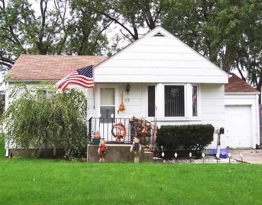 28 S Illinois Avenue, Villa Park, IL 60181 (MLS #10310340) :: HomesForSale123.com