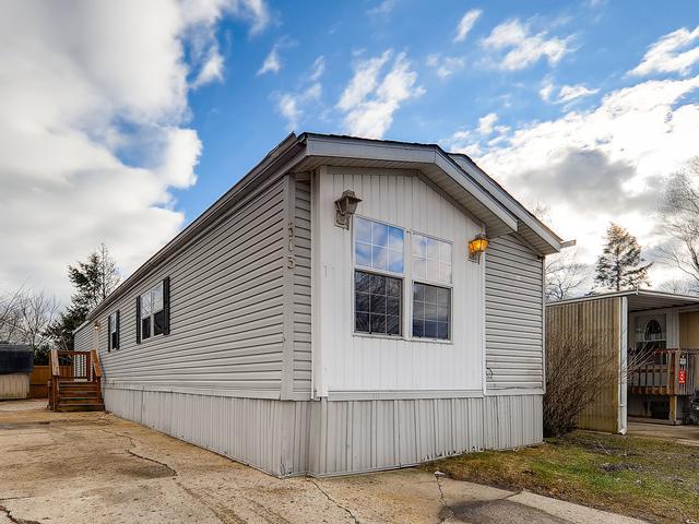 313 Tilbury Lane, Wheeling, IL 60090 (MLS #10310548) :: Helen Oliveri Real Estate