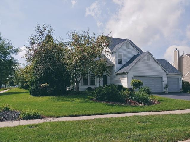 1597 Autumncrest Drive, Crystal Lake, IL 60014 (MLS #10310628) :: The Dena Furlow Team - Keller Williams Realty