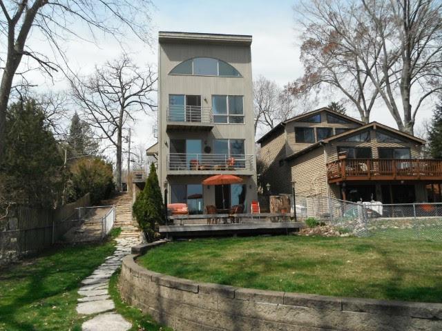 8714 Gardner Road, Fox River Grove, IL 60021 (MLS #10310855) :: Lewke Partners