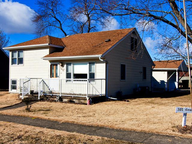 301 S Grundy Street, Gardner, IL 60424 (MLS #10310901) :: Domain Realty