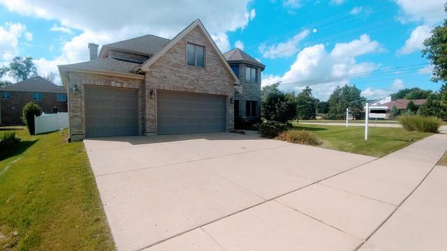 790 Larson Lane, Roselle, IL 60172 (MLS #10311008) :: Baz Realty Network | Keller Williams Preferred Realty