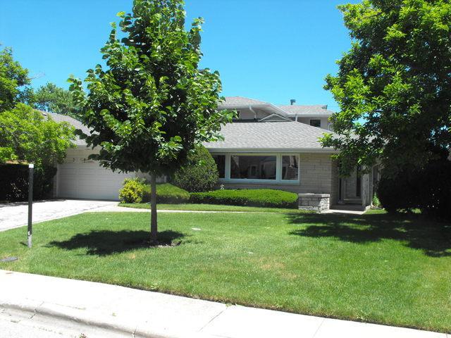 6633 N Drake Avenue, Lincolnwood, IL 60712 (MLS #10311207) :: Ryan Dallas Real Estate