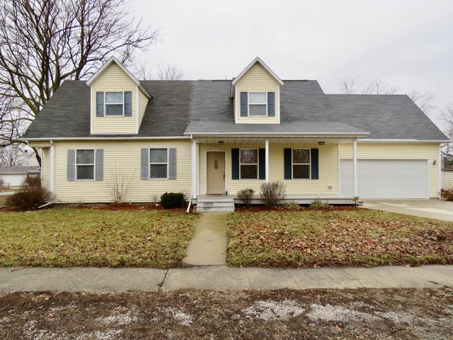 109 W Franklin Street, Carlock, IL 61725 (MLS #10311547) :: BNRealty