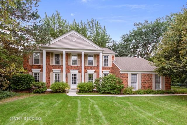 881 Georgetowne Lane, Barrington, IL 60010 (MLS #10311845) :: Helen Oliveri Real Estate