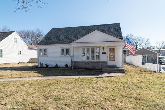 813 Rowlett Avenue, Melrose Park, IL 60164 (MLS #10312225) :: Domain Realty