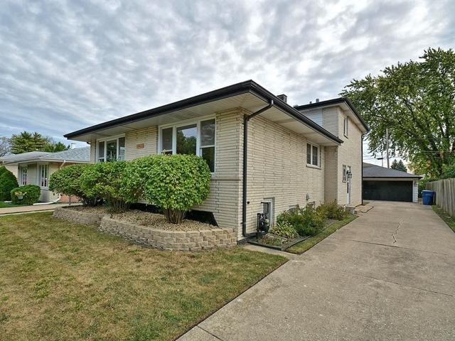 10825 Lamon Avenue, Oak Lawn, IL 60453 (MLS #10312238) :: The Perotti Group   Compass Real Estate