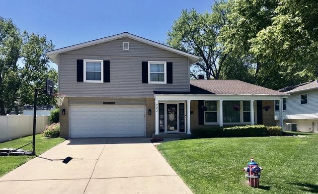 902 N Hemlock Lane, Mount Prospect, IL 60056 (MLS #10312302) :: Helen Oliveri Real Estate