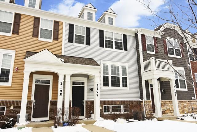 3197 Coral Lane, Glenview, IL 60026 (MLS #10312681) :: Helen Oliveri Real Estate