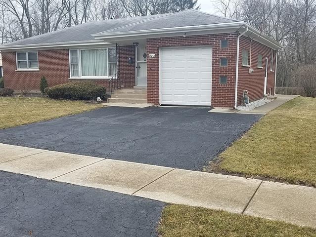 18234 Ashland Avenue, Homewood, IL 60430 (MLS #10312773) :: The Dena Furlow Team - Keller Williams Realty