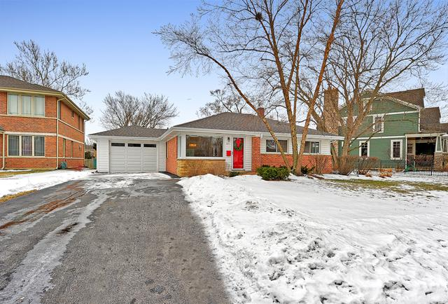 927 Keystone Avenue, Northbrook, IL 60062 (MLS #10312778) :: Helen Oliveri Real Estate