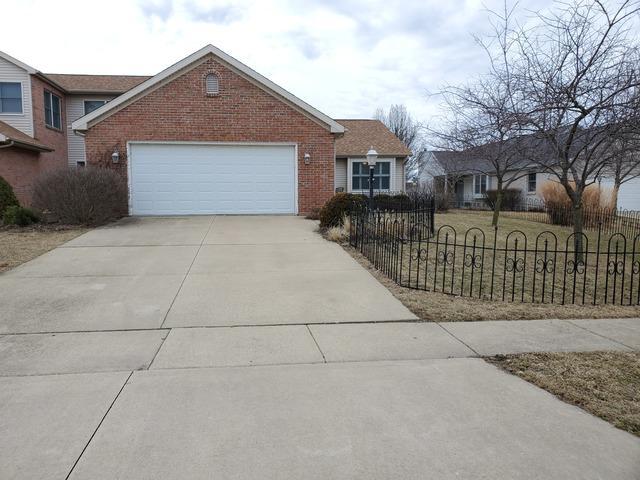 2509 Pembrook, Champaign, IL 61821 (MLS #10312846) :: Ryan Dallas Real Estate