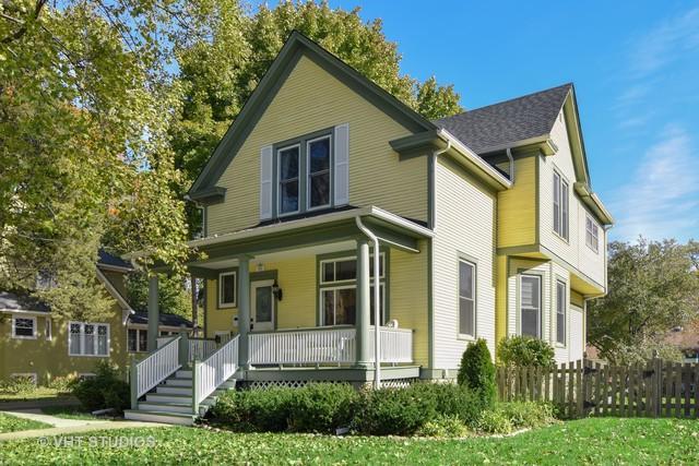305 N Plum Grove Road, Palatine, IL 60067 (MLS #10312852) :: Helen Oliveri Real Estate