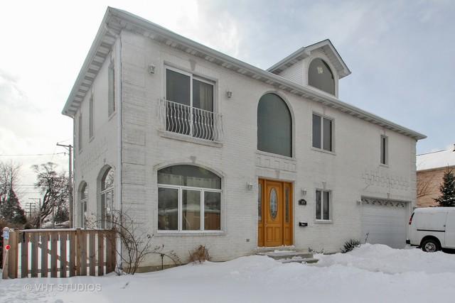 3857 W Touhy Avenue, Lincolnwood, IL 60712 (MLS #10312914) :: Ryan Dallas Real Estate