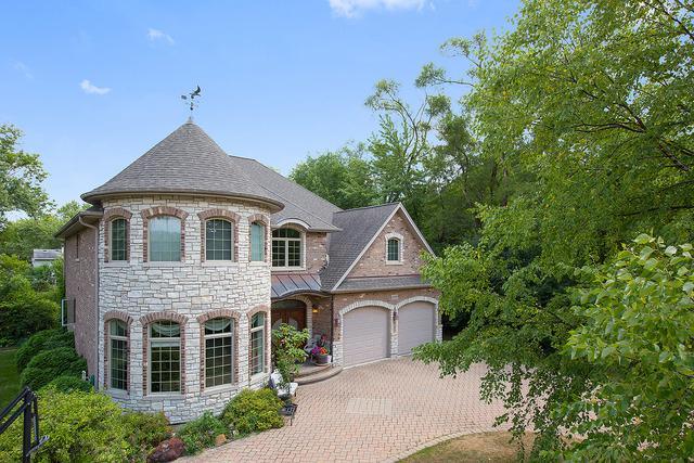 3220 N Salk Road, Arlington Heights, IL 60004 (MLS #10313078) :: Helen Oliveri Real Estate
