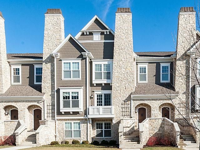 29 W Kennedy Lane, Hinsdale, IL 60521 (MLS #10313081) :: Berkshire Hathaway HomeServices Snyder Real Estate