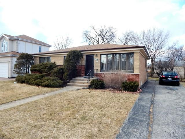 9324 Osceola Avenue, Morton Grove, IL 60053 (MLS #10313101) :: Helen Oliveri Real Estate