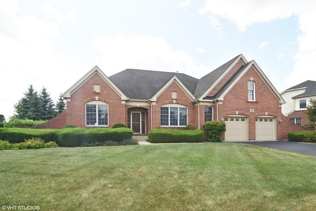 28 Championship Parkway, Hawthorn Woods, IL 60047 (MLS #10313216) :: Berkshire Hathaway HomeServices Snyder Real Estate