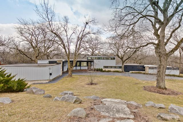 655 Plum Tree Road, Barrington Hills, IL 60010 (MLS #10313259) :: Helen Oliveri Real Estate