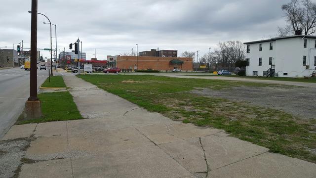 348 W Court Street, Kankakee, IL 60901 (MLS #10313394) :: Helen Oliveri Real Estate
