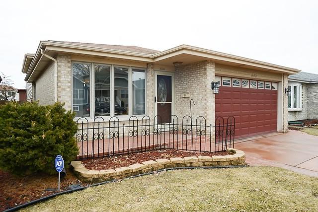 3523 Highland Avenue, Berwyn, IL 60402 (MLS #10313409) :: HomesForSale123.com