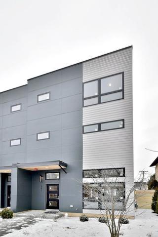 237 Rockford Avenue, Forest Park, IL 60130 (MLS #10313412) :: Helen Oliveri Real Estate
