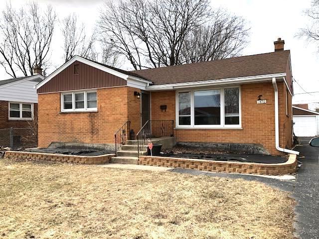 1476 S 6th Avenue S, Des Plaines, IL 60018 (MLS #10313430) :: Helen Oliveri Real Estate