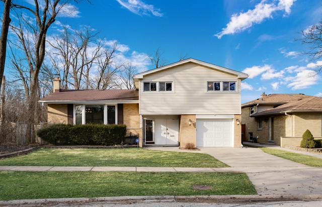 7848 Foster Street, Morton Grove, IL 60053 (MLS #10313641) :: HomesForSale123.com