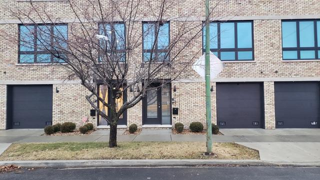 3150 N Octavia Avenue, Chicago, IL 60707 (MLS #10313917) :: Ryan Dallas Real Estate