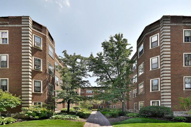 208 S Maple Avenue #22, Oak Park, IL 60302 (MLS #10313951) :: HomesForSale123.com
