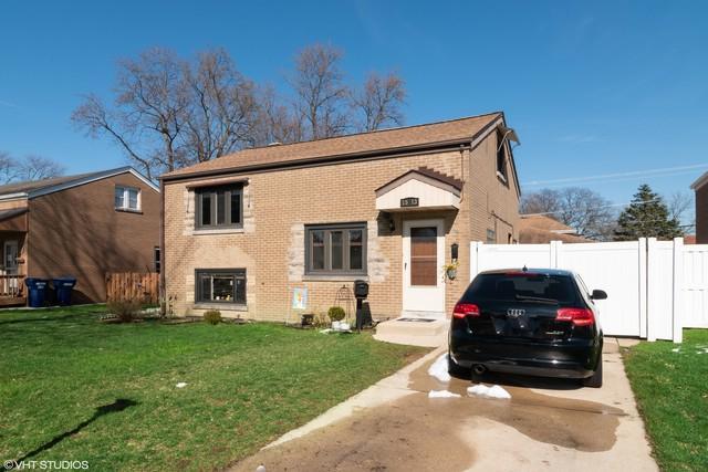 1513 Beach Avenue, La Grange Park, IL 60526 (MLS #10314240) :: Helen Oliveri Real Estate